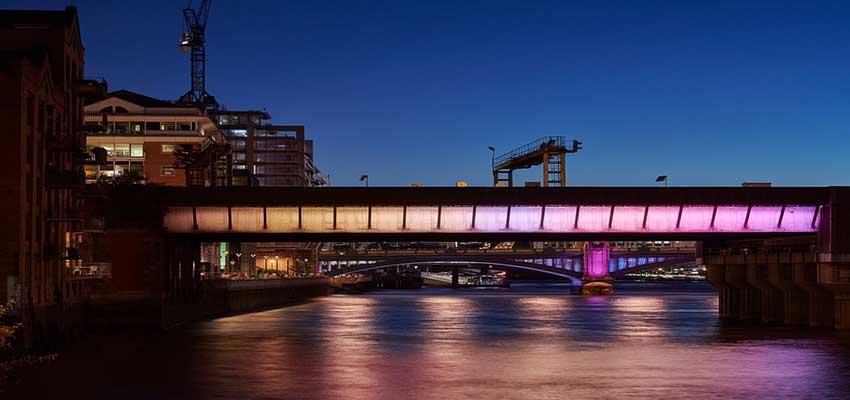 نور پردازی پل های لندن