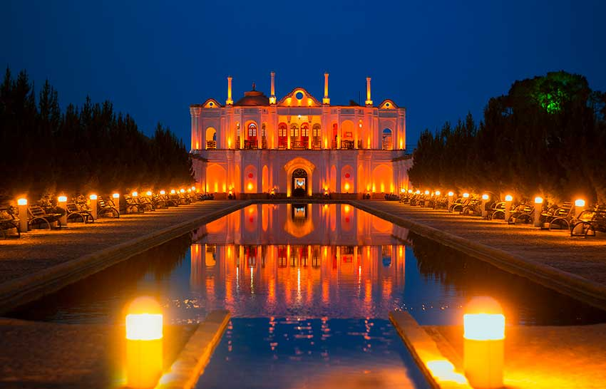 نورپردازی بناهای تاریخی